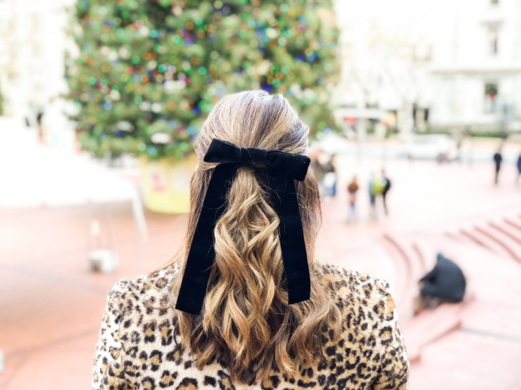 DIY Velvet Bow Hair Tie 2c6b94b479a