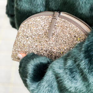 NYE Outfit Ideas - sparkly clutch